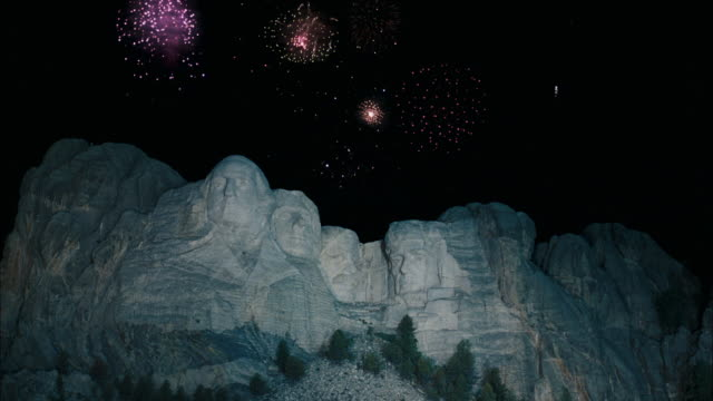 PAN of Fireworks over Mount Rushmore / Keystone, South Dakota