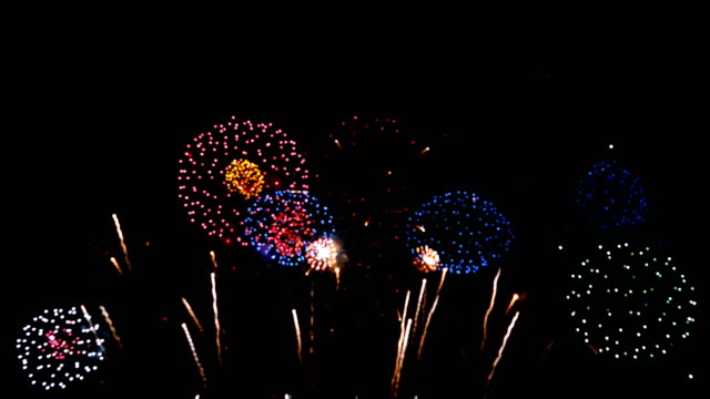 4k: fireworks show - gala stock videos & royalty-free footage