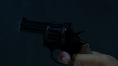 firing a starters pistol - handgun stock videos & royalty-free footage