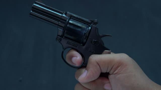 Firing a starters pistol