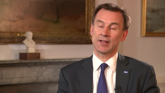 first day of junior doctors strike withdrawing emergency care england london int jeremy hunt mp interview sot government could not have tried much... - 政治家 ジェレミー ハント点の映像素材/bロール