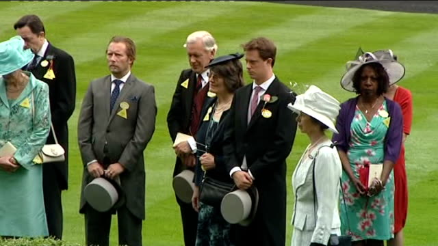 first day of royal ascot: queen arrives; queen and crowd standing for one minute silence for trainer sir heny cecil and crowd applauds / queen,... - mike rutherford stock videos & royalty-free footage