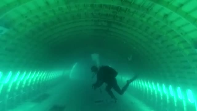 first diving took place on saturday to a passenger plane lowered into the sea a day earlier in northwestern turkey to boost scuba diving tourism. the... - aqualung diving equipment stock videos & royalty-free footage
