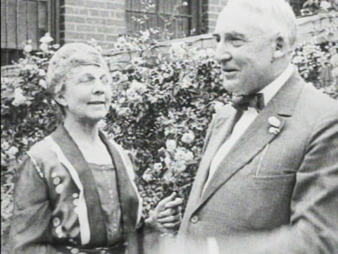 first lady florence harding standing outside w/ husband 29th president warren g harding tu ms president harding w/ hat over heart standing w/... - 1865 stock videos & royalty-free footage