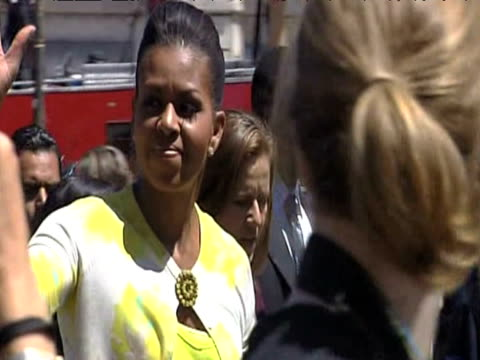 stockvideo's en b-roll-footage met us first lady michelle obama is escorted on tour of earthquake wreckage l'aquila 9 july 2009 - number 9