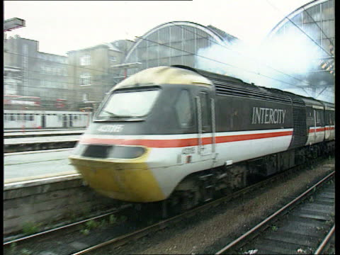 MS Intercity 125 train pulling out of station PULL OUT MS SIDE train along to BV away ITN