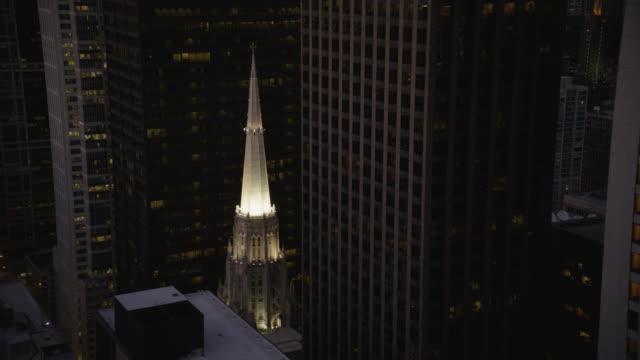 ws pov first united methodist church of chicago - プロテスタント点の映像素材/bロール
