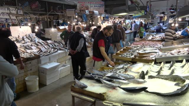 fish market athens - griechenland stock-videos und b-roll-filmmaterial