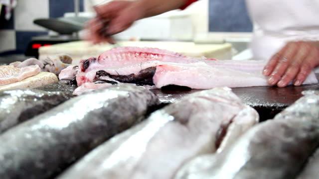 stockvideo's en b-roll-footage met vismarkt - stare mesto