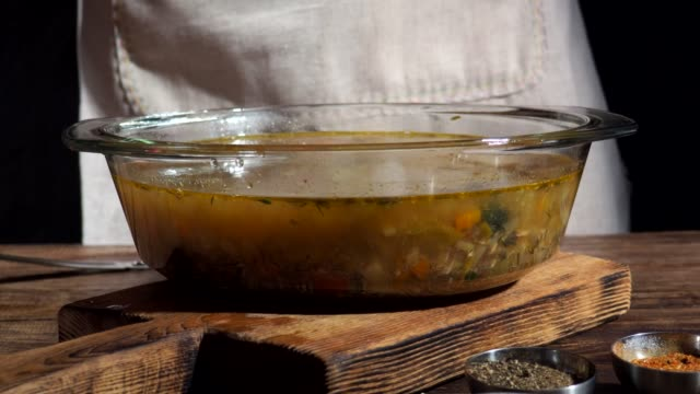 魚のスープ  - お玉点の映像素材/bロール