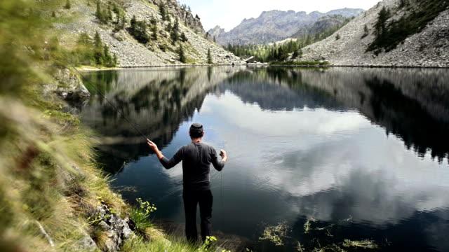 でのフライフィッシング湖の漁師