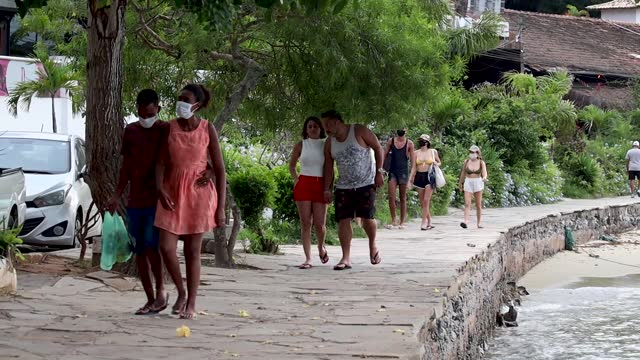 fishermen return to work after the decision of the rio de janeiro state justice to reverse the closure of the city due to the increase in coronavirus... - public celebratory event stock videos & royalty-free footage