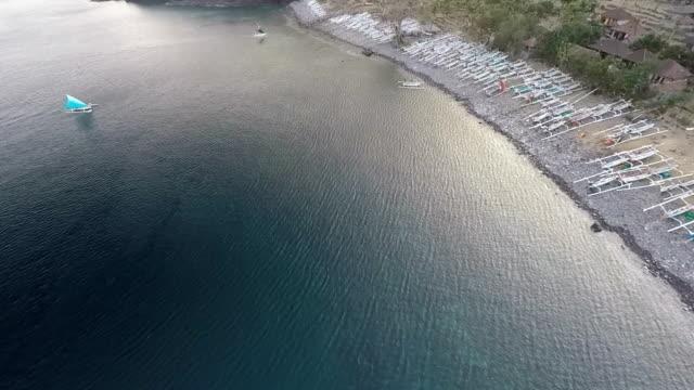 vídeos de stock e filmes b-roll de fishing boat, amed - aldeia de pescador