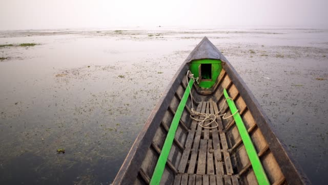 fischerboot am inle-see - fischerboot stock-videos und b-roll-filmmaterial