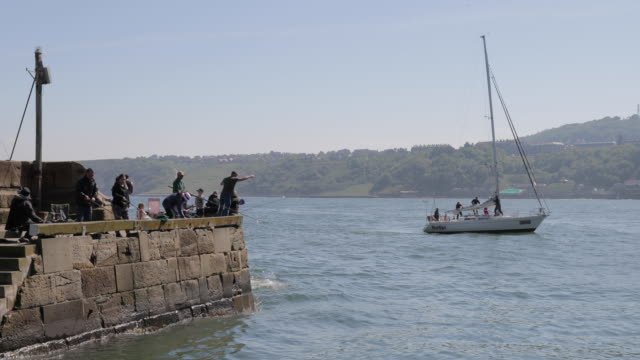 Fishing From Harbour Wall Scarborough South Bay