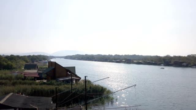 漁村 - 掘建て小屋点の映像素材/bロール