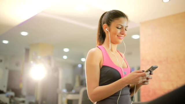 80 Top Smartphone Gym Video Clips & Footage - Getty Images