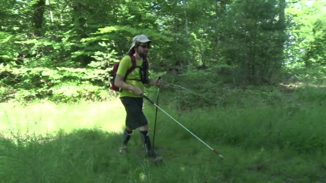five blind or visually impaired people walked across the french vosges mountains last week in almost complete autonomy with nothing but their walking... - visual impairment bildbanksvideor och videomaterial från bakom kulisserna