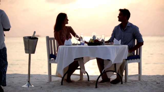 Five star dining at the ocean's edge