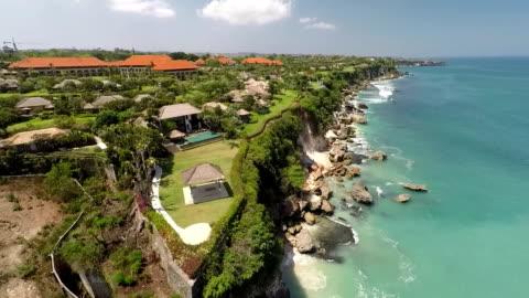 stockvideo's en b-roll-footage met a five stars resort in bali, revealing - bali