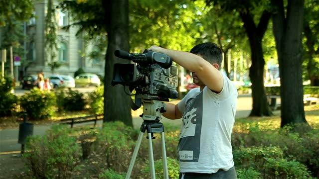 fixing the camera on a tripod