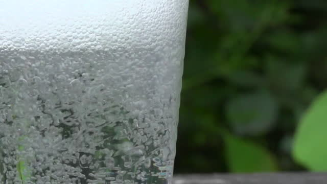 cu fizzy drink - carbonated stock videos & royalty-free footage