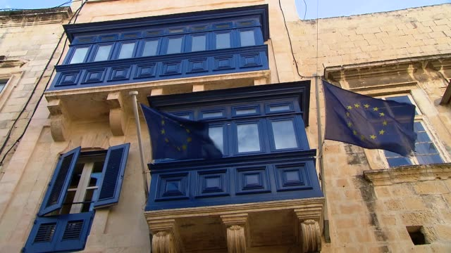 flag of european union - erkerfenster stock-videos und b-roll-filmmaterial
