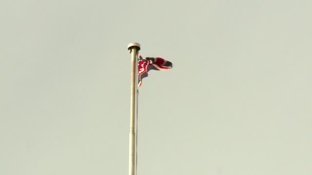 flag of great britain - pole stock videos & royalty-free footage