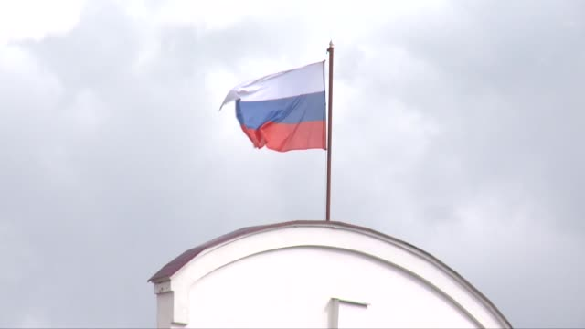 flag of russia waving in wind - russian flag stock videos & royalty-free footage