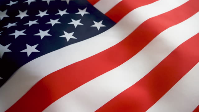slo-mo-cu usa-flagge - amerikanische flagge stock-videos und b-roll-filmmaterial