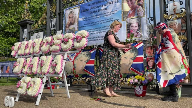flags, balloons and messages are seen as royal fans pay their respects and mark what would have been the 60th birthday of princess diana, at... - respect stock videos & royalty-free footage