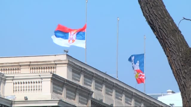 vidéos et rushes de flags have been lowered to halfstaff as national mourning has been declared in serbia after a rescue helicopter crashed while carrying a newborn baby... - bébé de 0 à 6 mois