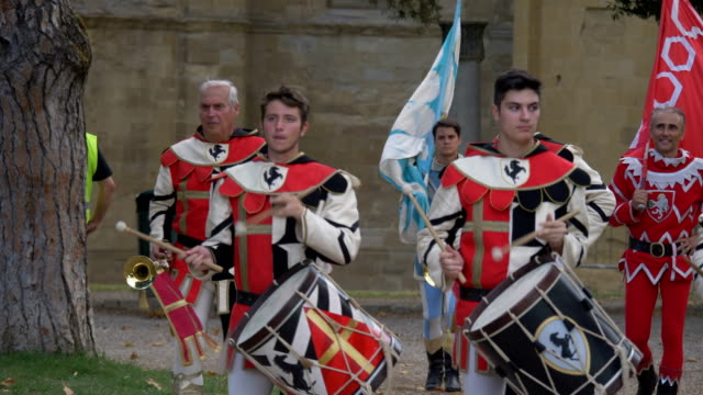 flagwavers in historical costumes during a celebration on july 28th 2017 in arezzo - renaissance stock videos & royalty-free footage