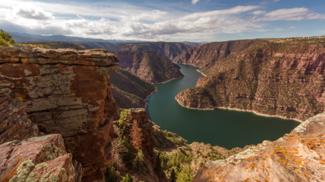 flaming gorge timelapse - wyoming stock videos & royalty-free footage