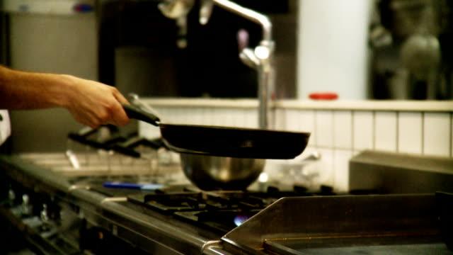 Flaming pan
