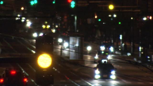 flashing yellow signal at night, fukui, japan - softfokus bildbanksvideor och videomaterial från bakom kulisserna