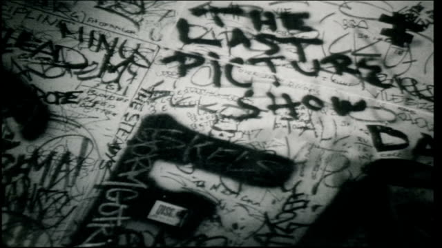 bw flashlight light scanning graffiti wall in cgbgs - punk music stock videos & royalty-free footage