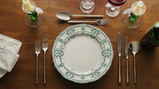 flat lay place setting - table top view stock videos & royalty-free footage