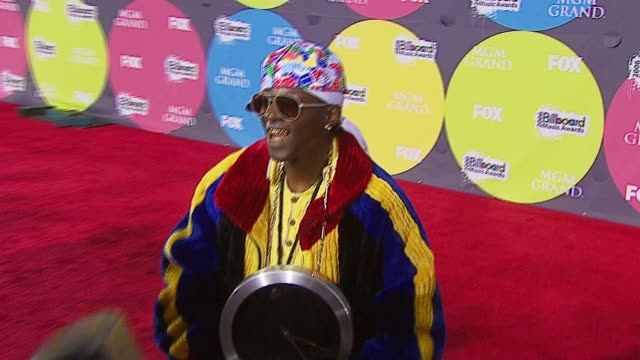 flavor flav at the 2006 billboard music awards at the mgm grand hotel in las vegas nevada on december 4 2006 - mgm grand las vegas stock videos & royalty-free footage