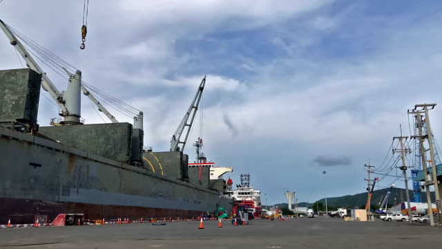 stockvideo's en b-roll-footage met vloot van marine schepen - amerikaanse zeemacht