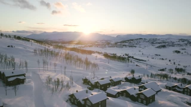 flight over cabins in vierli, norway. - viewpoint stock videos & royalty-free footage