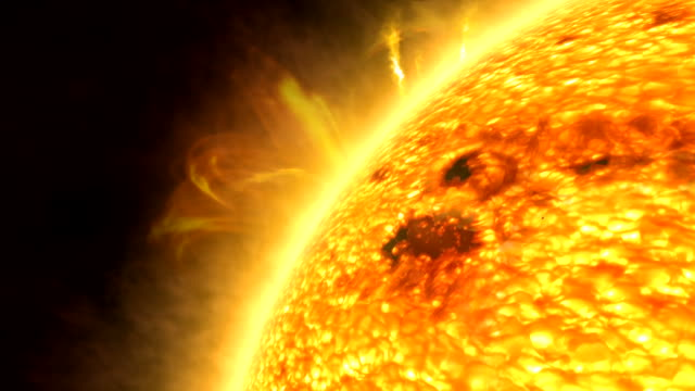 vídeos de stock, filmes e b-roll de flight over the surface of the sun - brilho solar