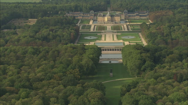 flight over vaux-le-vicomte - sequential series stock videos & royalty-free footage