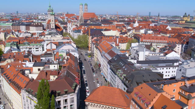 flight toward and over isar tor - rathaus stock videos & royalty-free footage
