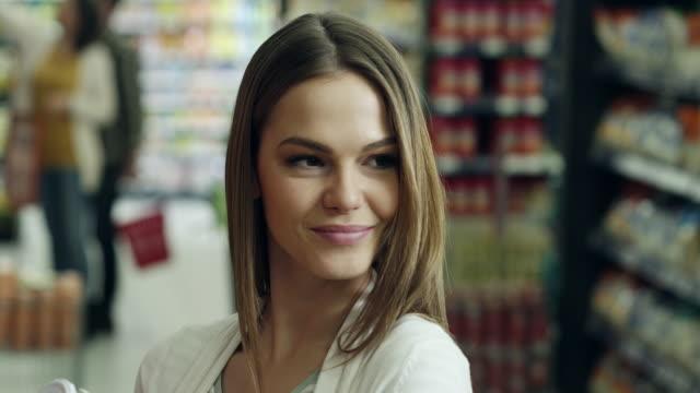 Flirter en supermarché