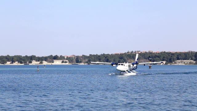 Aeroplano galleggiante