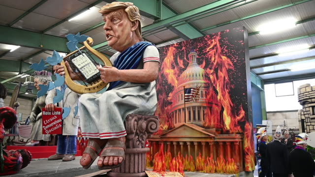 stockvideo's en b-roll-footage met float that depicts the us president donald trump is displayed during a press preview by the mainzer carnival club on february 18, 2020 in mainz,... - satire