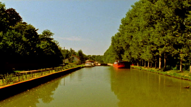 floating down a canal - canal du midi stock videos & royalty-free footage