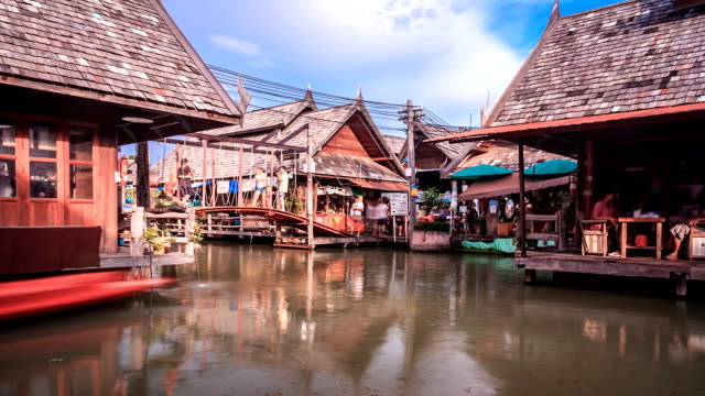 floating market time lapse - pattaya stock videos & royalty-free footage