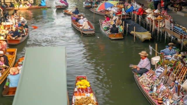 Floating Market (Timelapse).